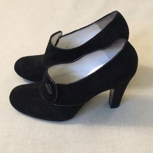 Marc Jacobs black suede heels, 7.5
